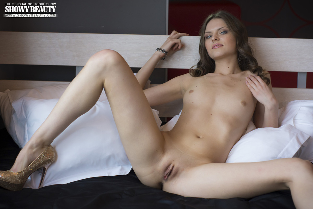 Sonya horny maid spreads her legs erotic images hd