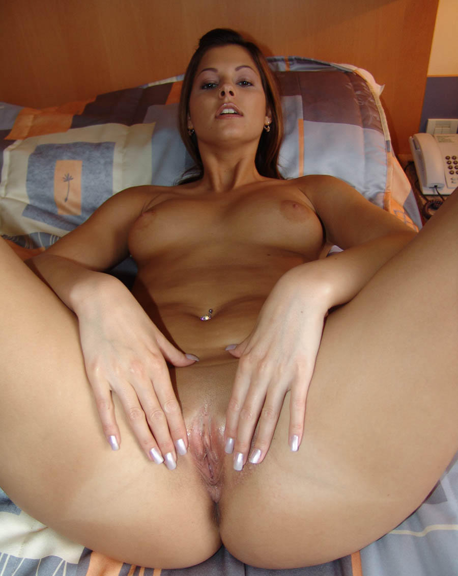 Sexy solo girl amateurs — photo 8