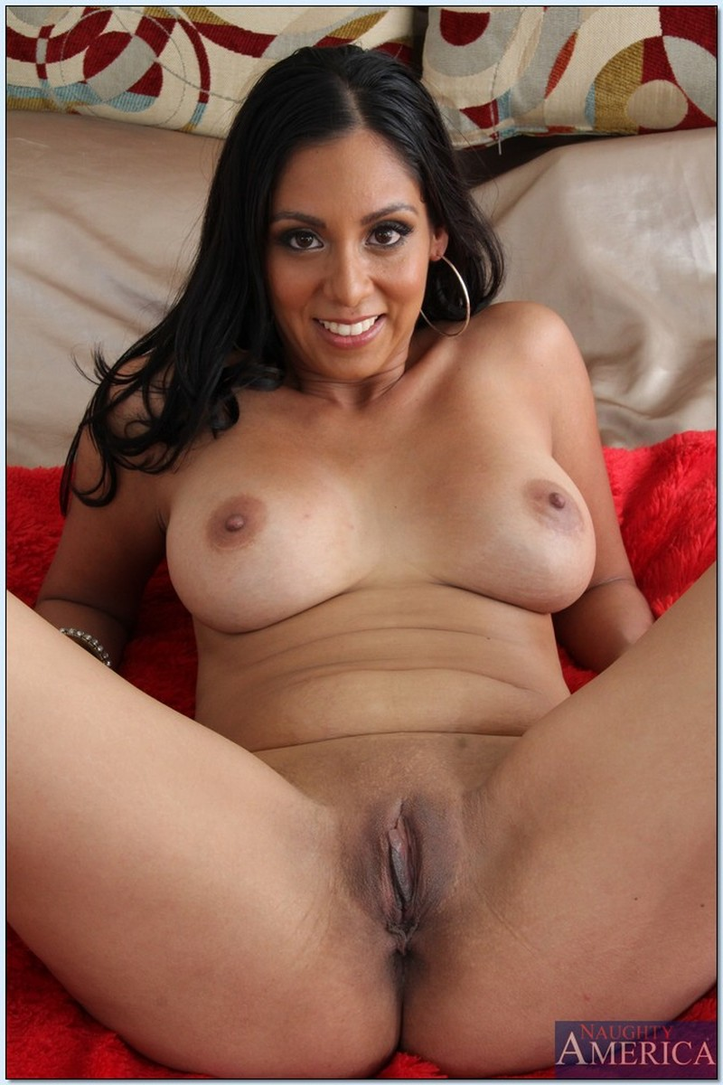 Horny Naked Latinas