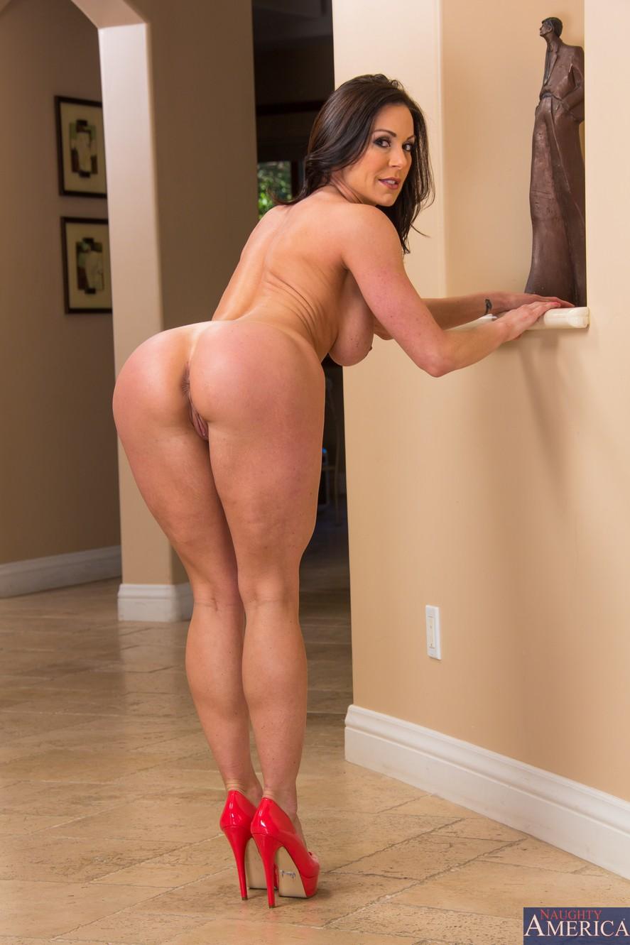 nude-thick-women-in-heels-juicy-booty-ebony-videos