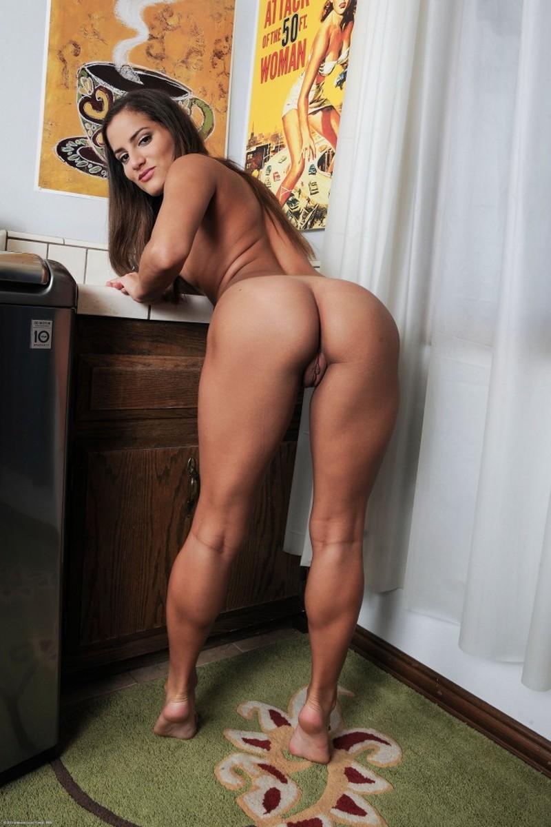 Amateur Milf Amateurmilf Brunette Naked Nakedinpublic Public Publicnudity Hourglass Fit Ass Roundass Whois