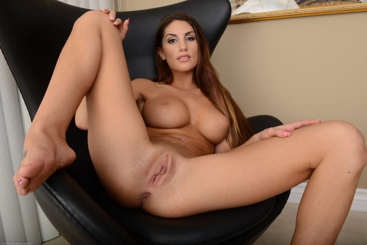 Free big tits stockings spread