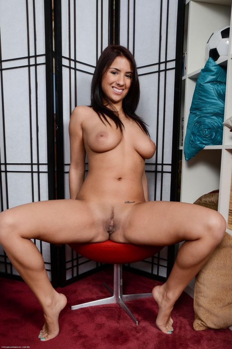 Nicole arianna fox nude